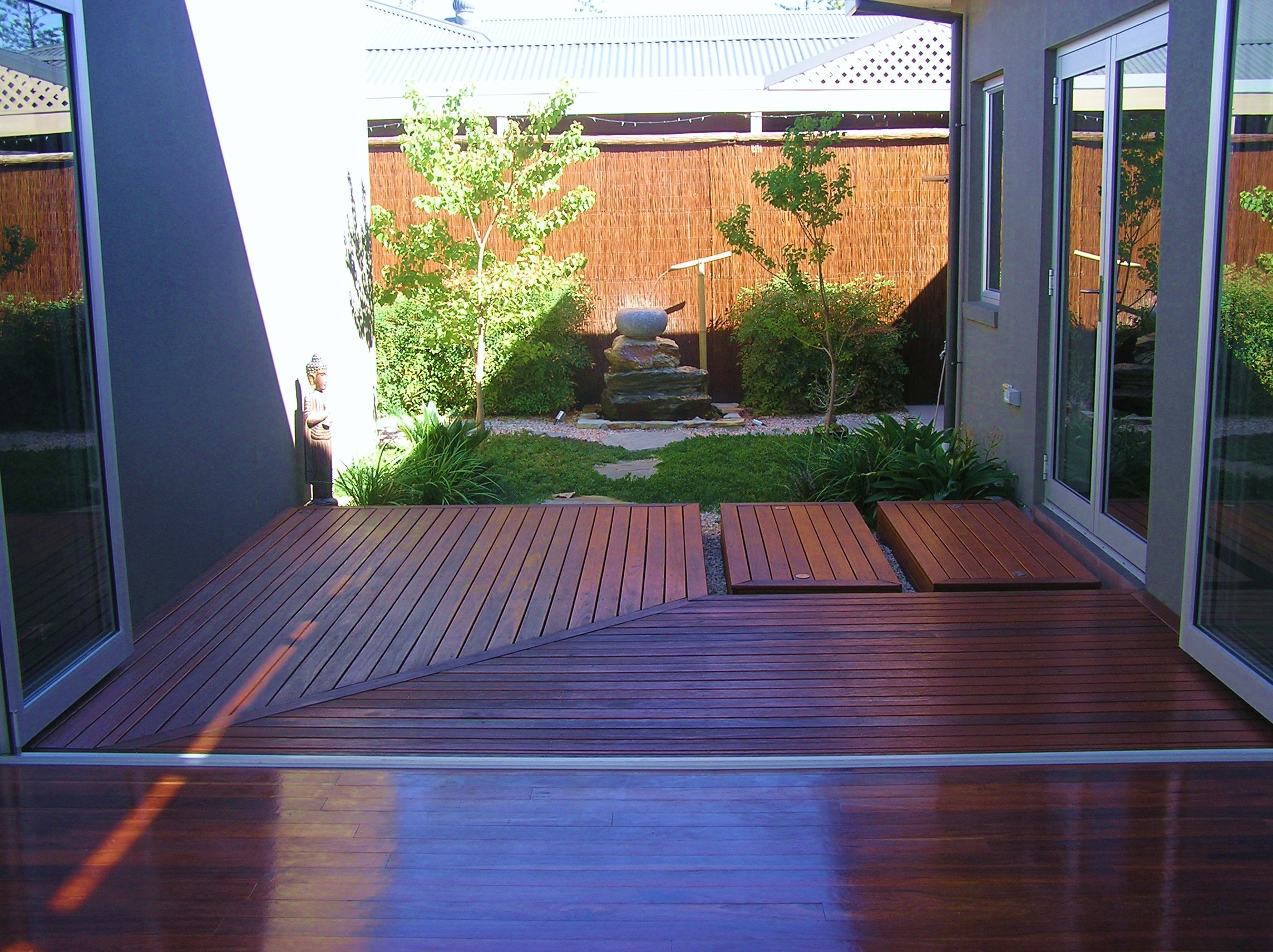 Glenelg north caroline dawes garden design adelaide for Courtyard home designs adelaide