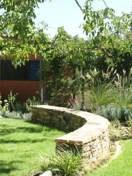 Contact caroline dawes garden design adelaide for Garden design adelaide